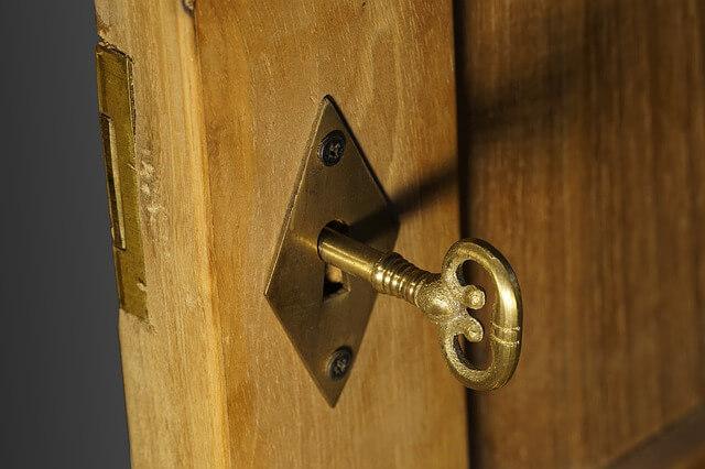 kľúč a zámok