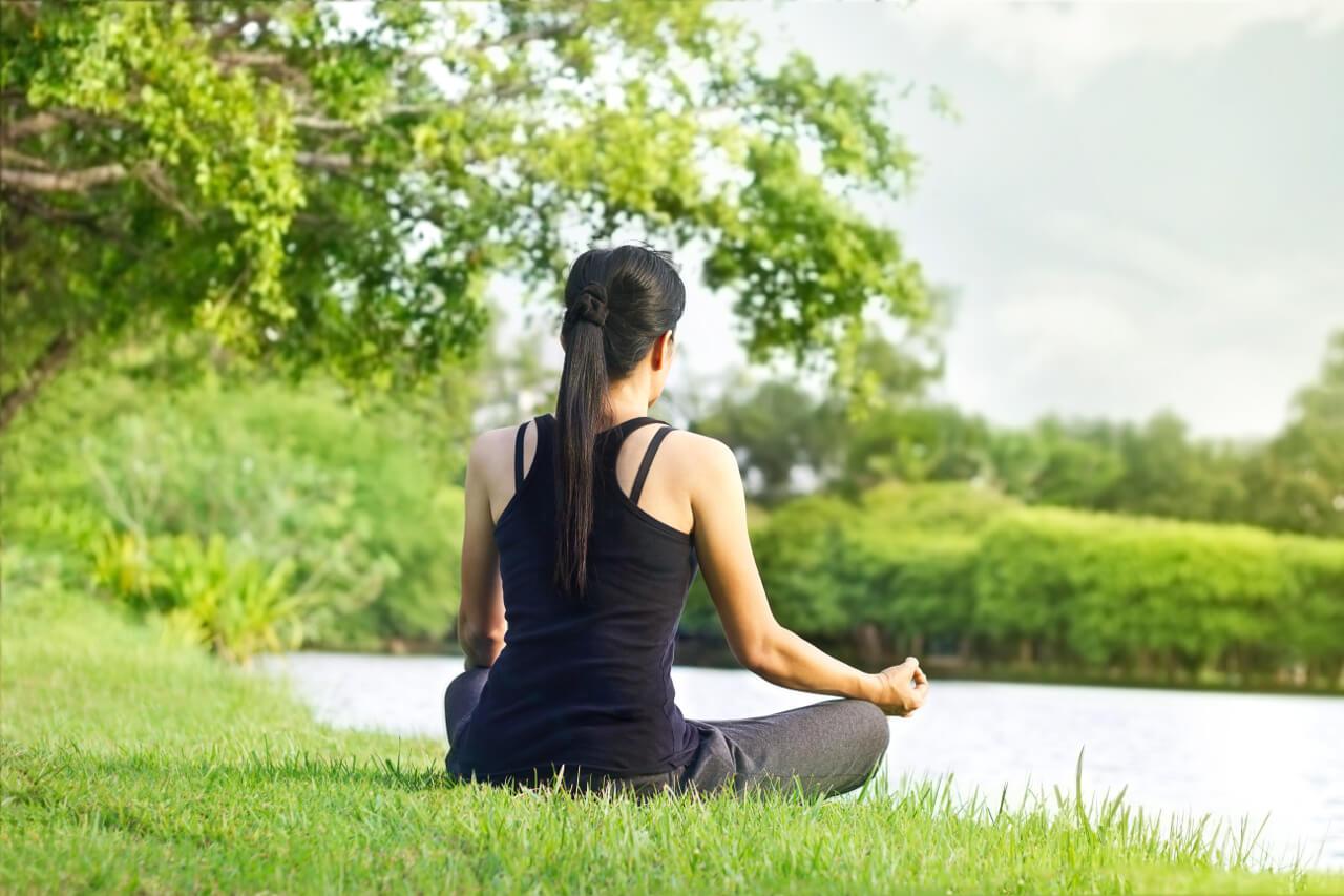 Alternatívna liečba - meditácia, dychové cvičenia, relaxačné techniky