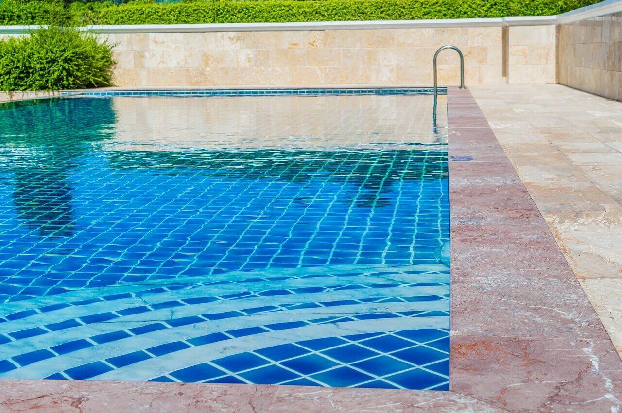 Bazén - dermatofytom sa darí v uzavretom, teplom, vlhkom prostredí