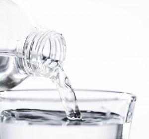 Voda - základom je hydratácia, pite čo najviac vody