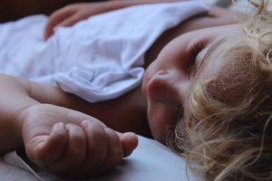 Dieťa - kandidóza v ústach je častá u detí