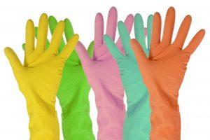 Latexové rukavice použite pri nanášaní samoopaľovacieho krému