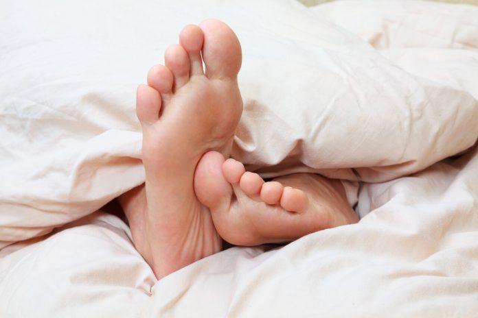 Máte nepokojné nohy? Zistite čo je to Syndróm nepokojných nôh