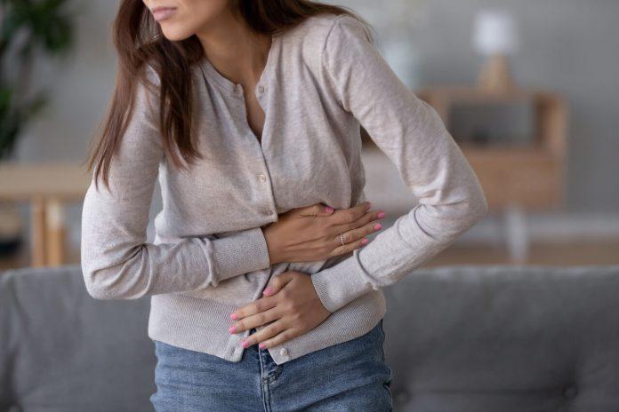 Pankreatitída (zápal pankreasu), bolesť brucha