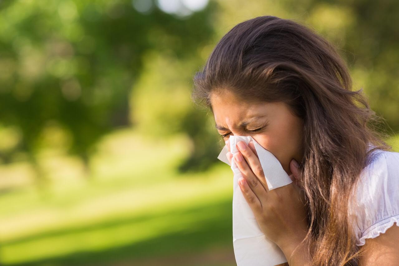 Zaľahnutie v uchu z nádchy, nádcha, alergia