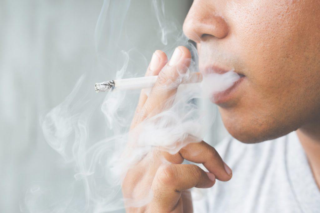 Ako prestať fajčiť? Fajčenie škodí... (cigareta, dym)
