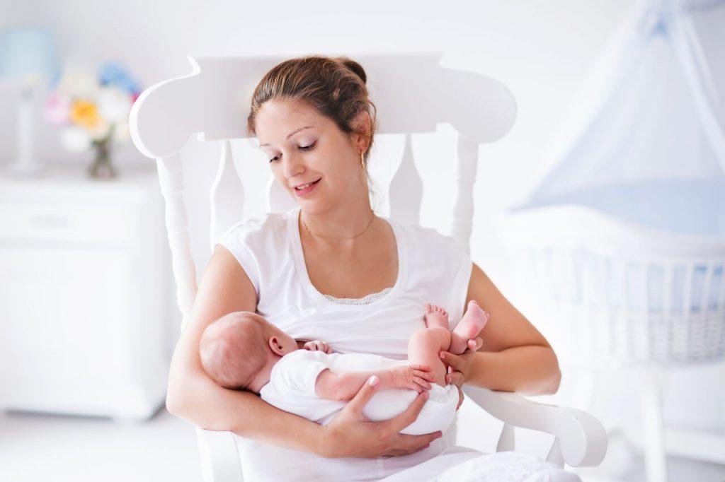 Dojčenie, ako správne kojiť